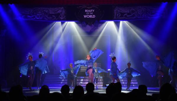 "Die Dance-Performance ""Carribean Blue""  (Bild: Claudia Thoma)"