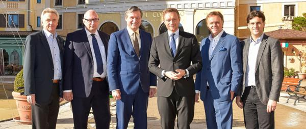 Von links: Jürgen Mack, Matthias Kappis (Stadtverbandsvorsitzender FDP Lahr), Dr. Hans-Ulrich Rülke, Christian Lindner, Dr.-Ing. h.c. Roland Mack sowie Thomas Mack (v.l.n.r.)