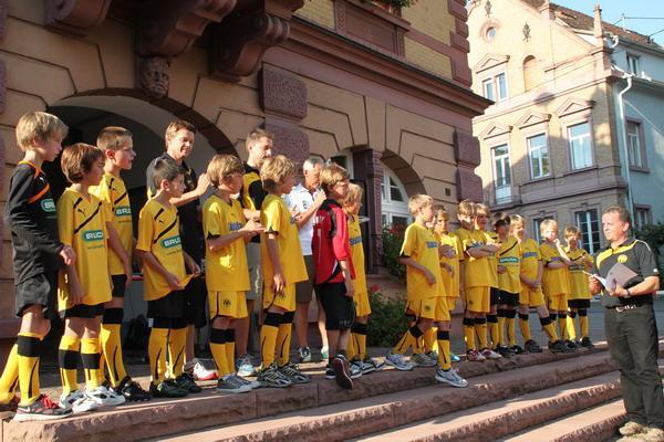 Staffelsieger: E-Junioren 2 des FV Herbolzheim