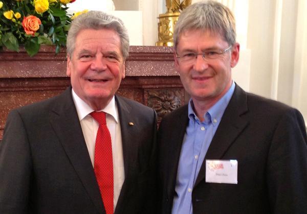 """Bundespräsident Joachim Gauck und Peter Cleiß am 20.04.2013 beim Bellevue-Forum """"Ich will Europa mitgestalten""""  Bildquelle: Bildungsregion Ortenau"""