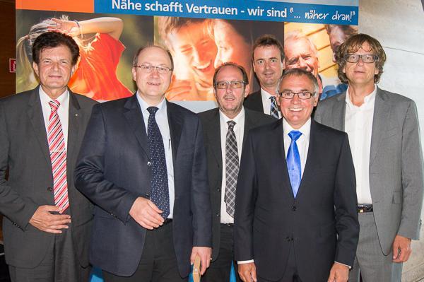 sports shoes 907e8 1d016 Denzlingen: Volksbank Breisgau Nord: Vertreterversammlung ...