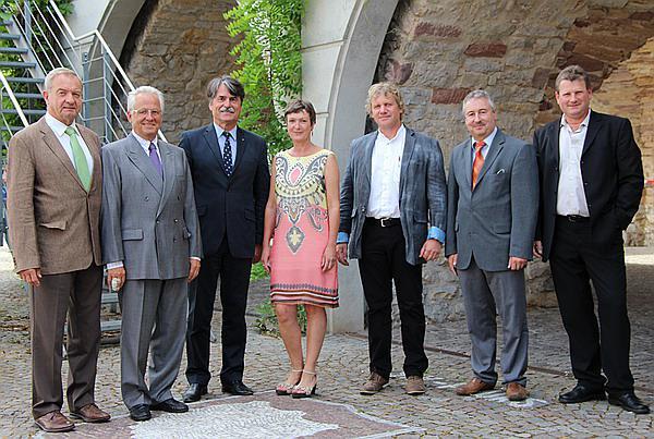 Emmendingen st hler cken im sitzungssaal konstituierung des neuen stadtrates joachim saar - Gartenbau friedrich ...