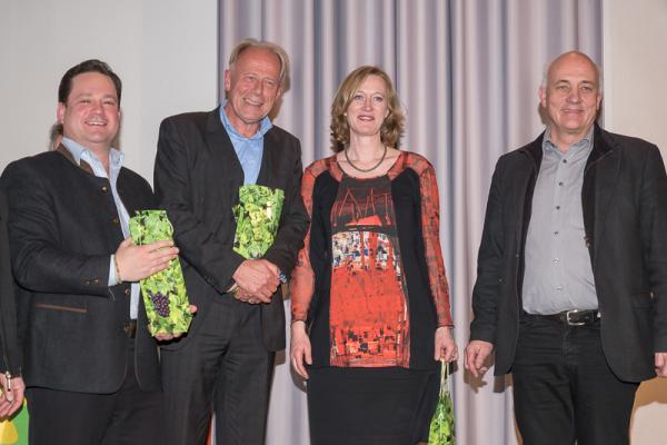 Politischer Aschermittwoch Emmendingen - Die Redner des Abends. Von links: Alexander Bonde, Jürgen Trittin, Kerstin Andreae. Rechts: Moderator Alexander Schoch.