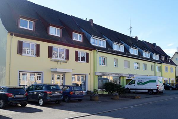 Salon AKTUELL, Milchhofstr. 10, 79312 Emmendingen, Tel. 07641/42237