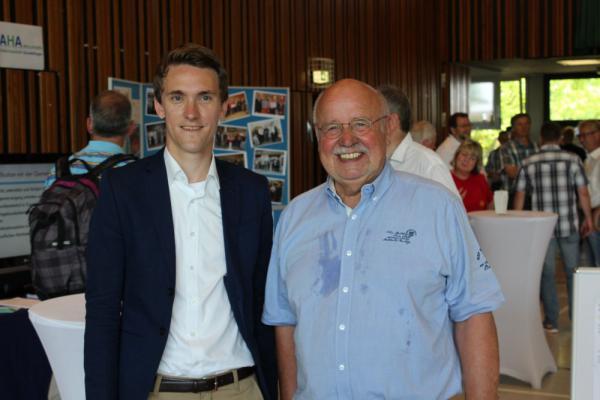Gundelfinger Tag der Vereine - Bürgermeister Raphael Walz ( links ) und IGV-Chef Klaus Wächter  Foto: RTLB