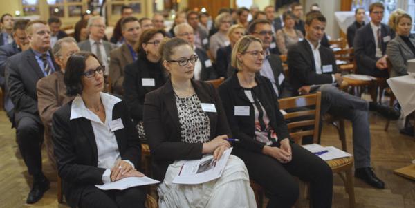 Gut besuchte Veranstaltung der Wirtschaftsregion Offenburg/Ortenau (WRO) mit Rechtsanwältin und Unternehmensberaterin Anja Kayser.