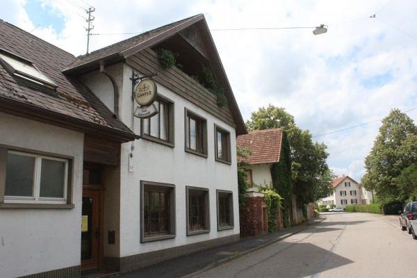 Gasthaus Kaiserstuhl, Breisacher Straße 17, 79331 Teningen-Nimburg, Tel. 07663 / 2261