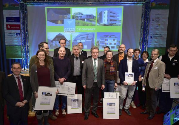 Start der zehnten Gebäude.Energie.Technik - GETEC Award Gewinner mit Minister Franz Untersteller (Mitte)  Foto: Solar Promotion GmbH
