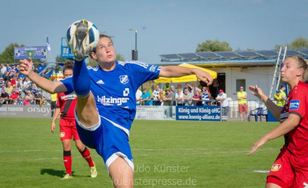 Bayer 04 Leverkusen – SC Sand  Nina Burger