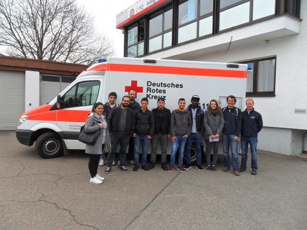 Emmendingen fl chtlinge lernen rettungsdienst kennen for Emmendingen industrie