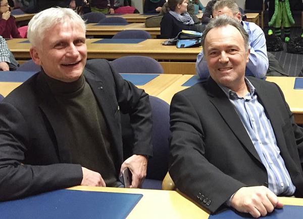 Josha Frey (rechts) und Kreisrat Gerhard Zickenheiner