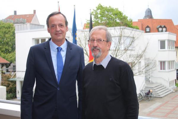 Oberbürgermeister Matthias Braun (links) traf dieser Tage Hans Baas, FDP-Fraktionsvorsitzender im Regionalverband Südlicher Oberrhein. In dem Gespräch ging es vor allem um aktuelle politische Themen mit einem starken Bezug zu den Kommunen in der Ortenau