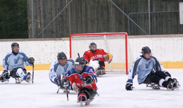 Freiburg hat eine neue Sportart zu bieten: Para-Eishockey - Ein Sport, der Grenzen sprengt  Foto: Deutscher Rollstuhl-Sportverband