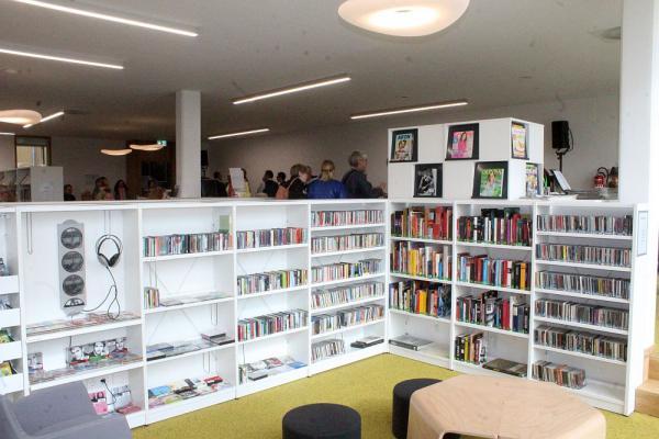 Mediathek Teningen offiziell eröffnet