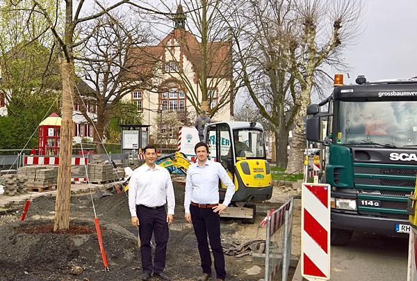 Von linsk: Bürgermeister Markus Hollemann, Verbandsbaumeister Carsten Müller.  Foto: Gemeinde Denzlingen