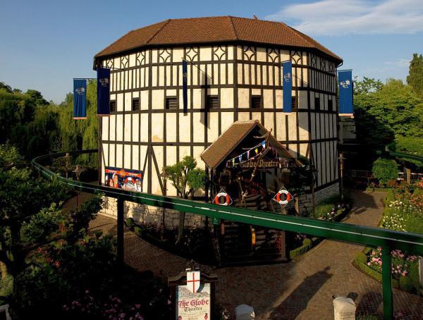 21. April: Benefizkonzert des Rotary Distrikt - Freiburger Barockorchester spielt im Europa-Park Spielstätte für das Benefizkonzert am 21. April 2018: das Globe Theater des Europa-Park  Foto: Europa-Park