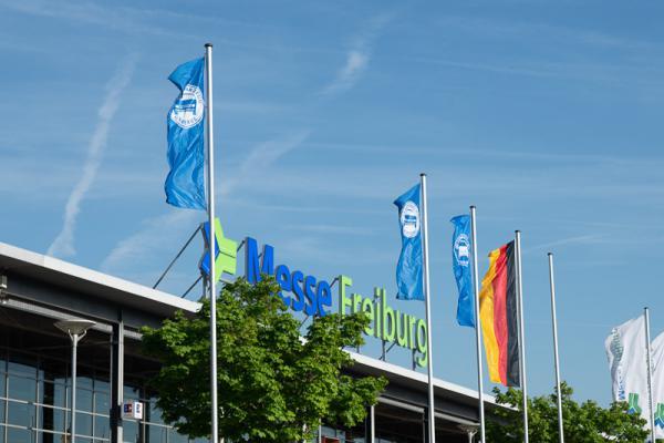 KFZ Innung Freiburg feiert 135 neue Gesellen und Kaufleute