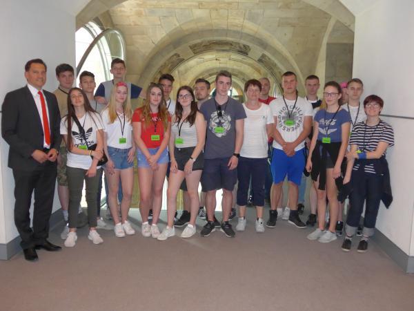 Teninger Realschüler waren zu Besuch im Bundestag in Berlin