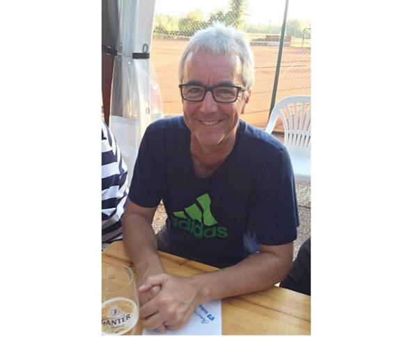Er hat gut lachen, Club-Chef Edi Faller vom TC Heimbach, denn in diesem Jahr sind nicht nur die Teamleistungen gut ausgefallen, sondern auch die Feierlichkeiten zum 40jährigen Club-Jubiläum. Das Grümpelturnier am 28. Juli soll ein krönender Abschluss werden.
