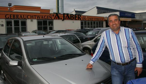 A. Jaber, KFZ-Handel, Weißerlenstraße 18, 79108 Freiburg-Hochdorf, Gewerbegebiet  Tel. 0761-288 251 + Mobil 0171-377 76 97 + E-Mail: info@a-jaber.de