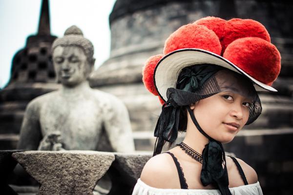 Bollenhut in Borobudur, Indonesien   Foto: Flora Wenczel & Josef Weis