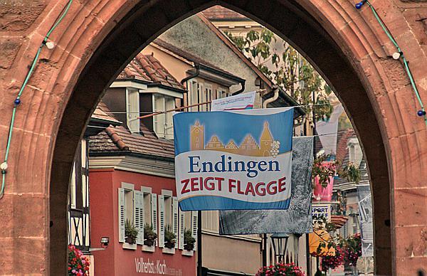 """""""Endingen zeigt Flagge""""  REGIOTRENDS-Foto: Reinhard LANIOT"""