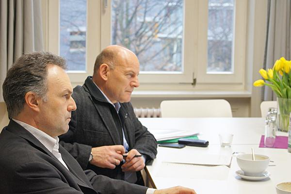 Lösungen für Lkw-Stau am Zoll in Angriff nehmen  Foto: Wahlkreisbüro Josha Frey