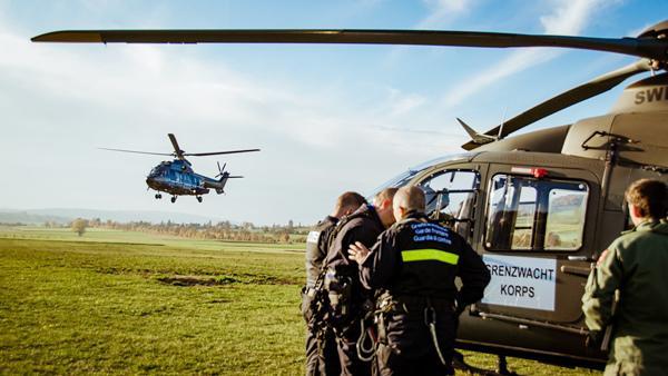 Deutsch-schweizerischer Fahndungseinsatz mit Hubschraubern