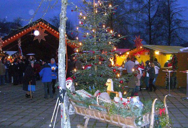"""14./15. Dezember: """"Weihnachtszauber am Kurpark"""" - Advents- und Künstlermarkt in Oberprechtal"""