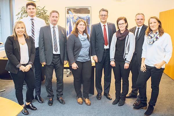 Viele Mitarbeiter engagieren sich ehrenamtlich in gemeinnützigen Institutionen, Vereinen oder Kirchengemeinden.  Foto: Volksbank Freiburg