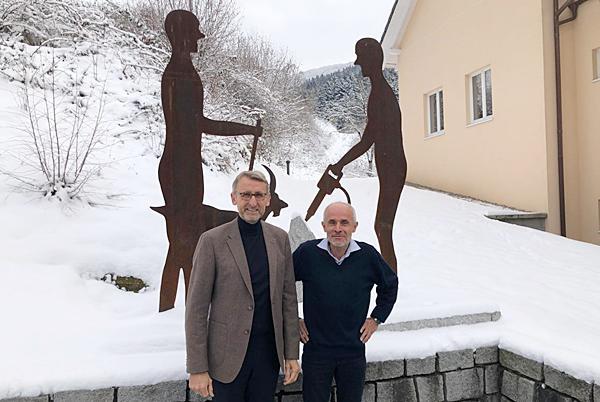 Bundestagsabgeordneter Armin Schuster (links) und Bürgermeister Mario Thomas Singer.  Foto: Wahlkreisbüro Armin Schuster