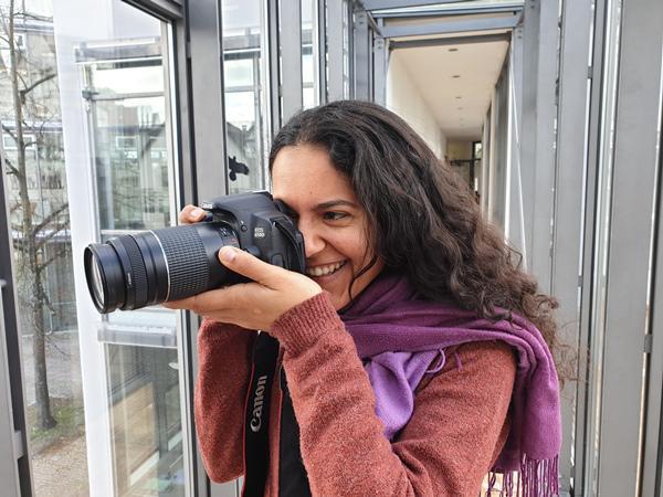 """""""Wir haben die Wahl!?"""" -  Interkultureller Filmworkshop in Emmendingen Ägyptische Videojournalistin Mayada Wadnomiry"""