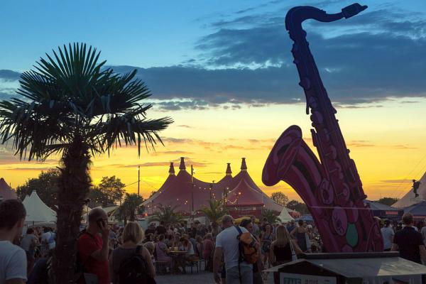 17. Juli bis 4. August: 37. Zelt-Musik-Festival in Freiburg - Namika, Joris, Sophie Hunger, Moop Mama, Xavier Rudd und viele mehr kommen zum diesjährigen Festival.  Foto: Klaus Polkowski