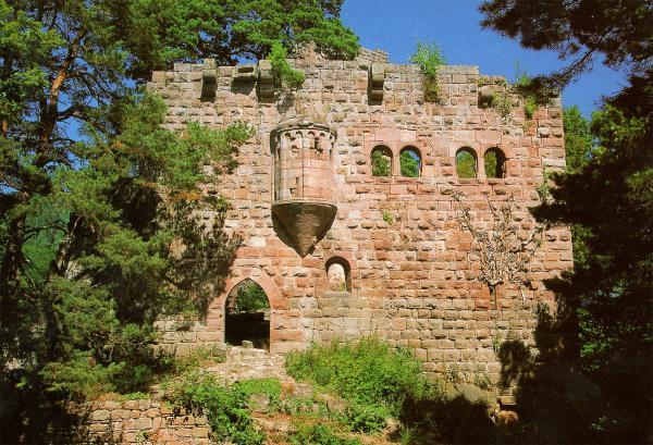 Der wunderbare Kapellenerker der Ruine Landsberg am Odilienberg.