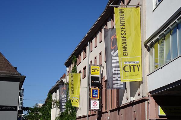 huge selection of exclusive range footwear Freiburg: Aktionen, Angebote und Einkaufsvergnügen - Mega ...