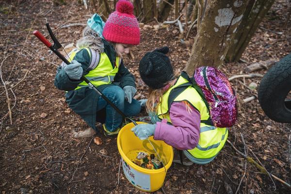 """1800 Freiwillige helfen bei der """"Waldputzete"""" im Hochschwarzwald"""