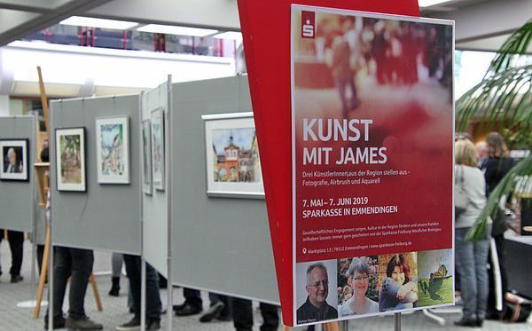 """""""Kunst mit James"""" - Ausstellung in der Sparkasse Emmendingen eröffnet   Foto: Reinhard Laniot / REGIOTRENDS-Lokalteam """"EM extra"""""""