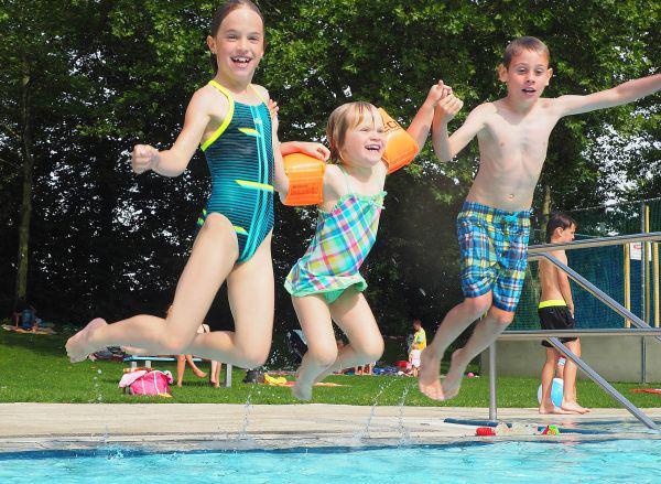 Das Sport- und Freizeitbad in Bad Krozingen startet am Samstag, den 18. Mai 2019 in die Sommersaison.