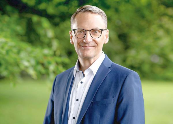 """""""Unsere Zukunft gemeinsam gestalten!"""" - Markus Ibert kandidiert als Oberbürgermeister von Lahr.  Foto: Privat"""