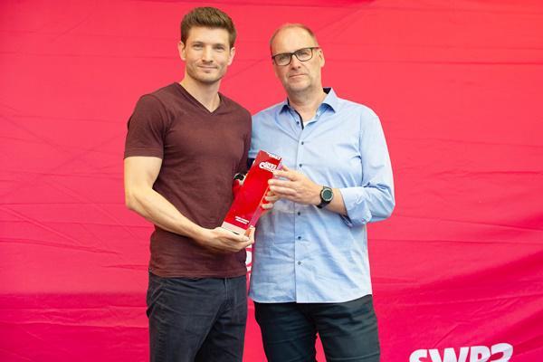 """Jan Overhausen aus Freiburg gewinnt """"SWR3 Comedy Förderpreis"""" 2019"""