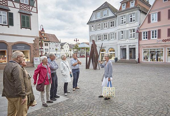 Stadtführung mit Stadtführerin Gabriele Siguda und Gäste.  Foto: Stadt Lahr