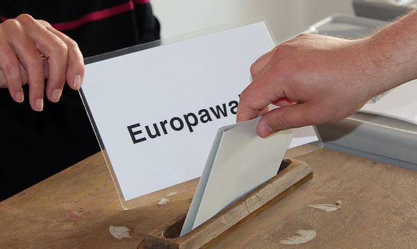 Wahlsonntag in Riegel  Foto: FSRM