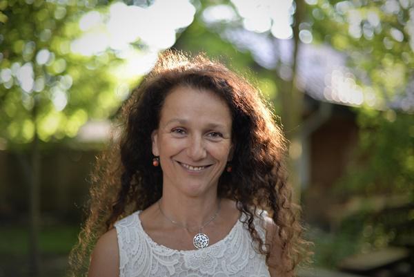 "Anja Tuckermann erhält den ""LeseLenz-Preis für Junge Literatur  Foto: Bernd Sahling"