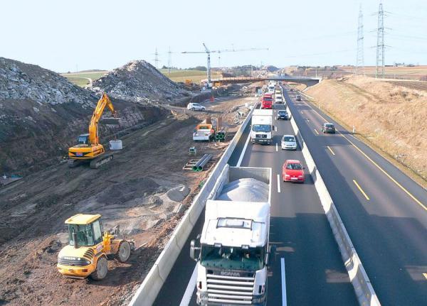 Bauwirtschaft fordert natürlichen Erdaushub vor Ort zu belassen und höhere Recyclingquote bei Bauschutt.  Foto: Bauwirtschaft Baden-Württemberg e.V.