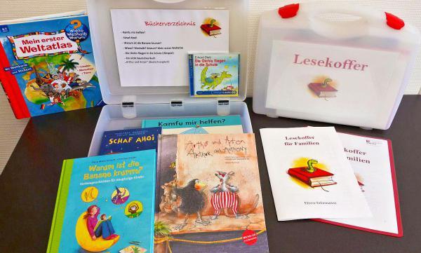 Lesekoffer im Landkreis Lörrach erfreut sich wachsender Beliebtheit - Kinder werden durch kostenloses Angebot für Bücher begeistert.  Foto: Landratsamt Lörrach
