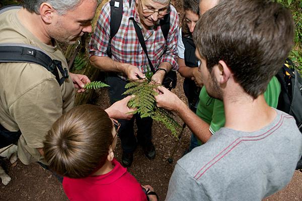 Gut ausgebildet können Fragen rund um Natur und Kultur des Naturparks Südschwarzwald beantwortet werden.   Foto: © Peter Mesenholl