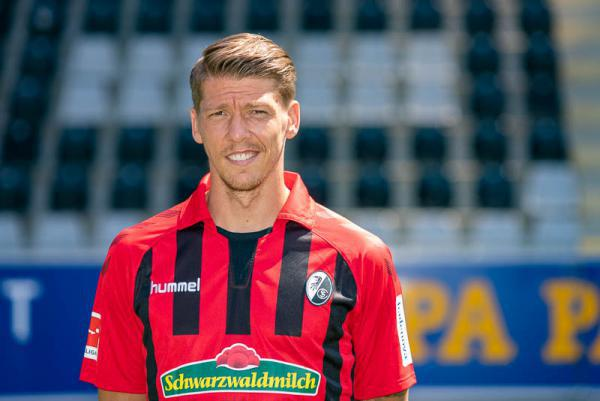 Mike Frantz verlängert beim SC Freiburg