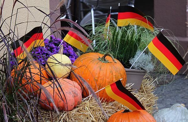 Tag der Deutschen Einheit im Europa-Park - Herbstliches   Archiv-Bild: FSRM