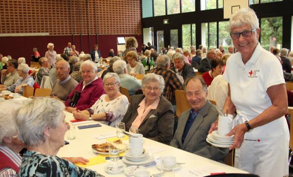 Über 400 Gäste beim Senioren-Tanz-Kaffee in Emmendingen  Bild: Reinhard Laniot / REGIOTRENDS-Lokalteam EM-extra