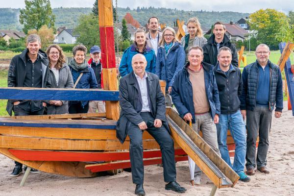 Stadt Emmendingen weiht zweiten Motto-Spielplatz der Stadt im Neubaugebiet Jägeracker ein